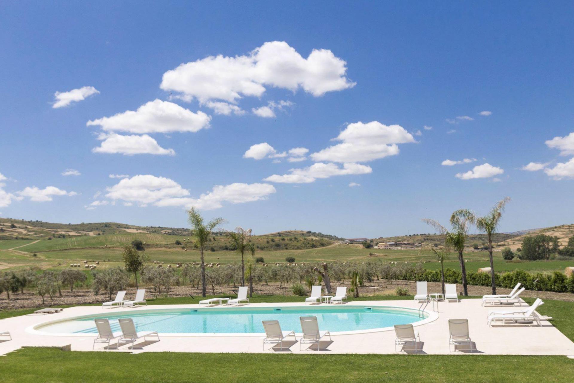 Agriturismo Sizilien Kinderfreundlicher Agriturismo Sizilien mit schönem Pool