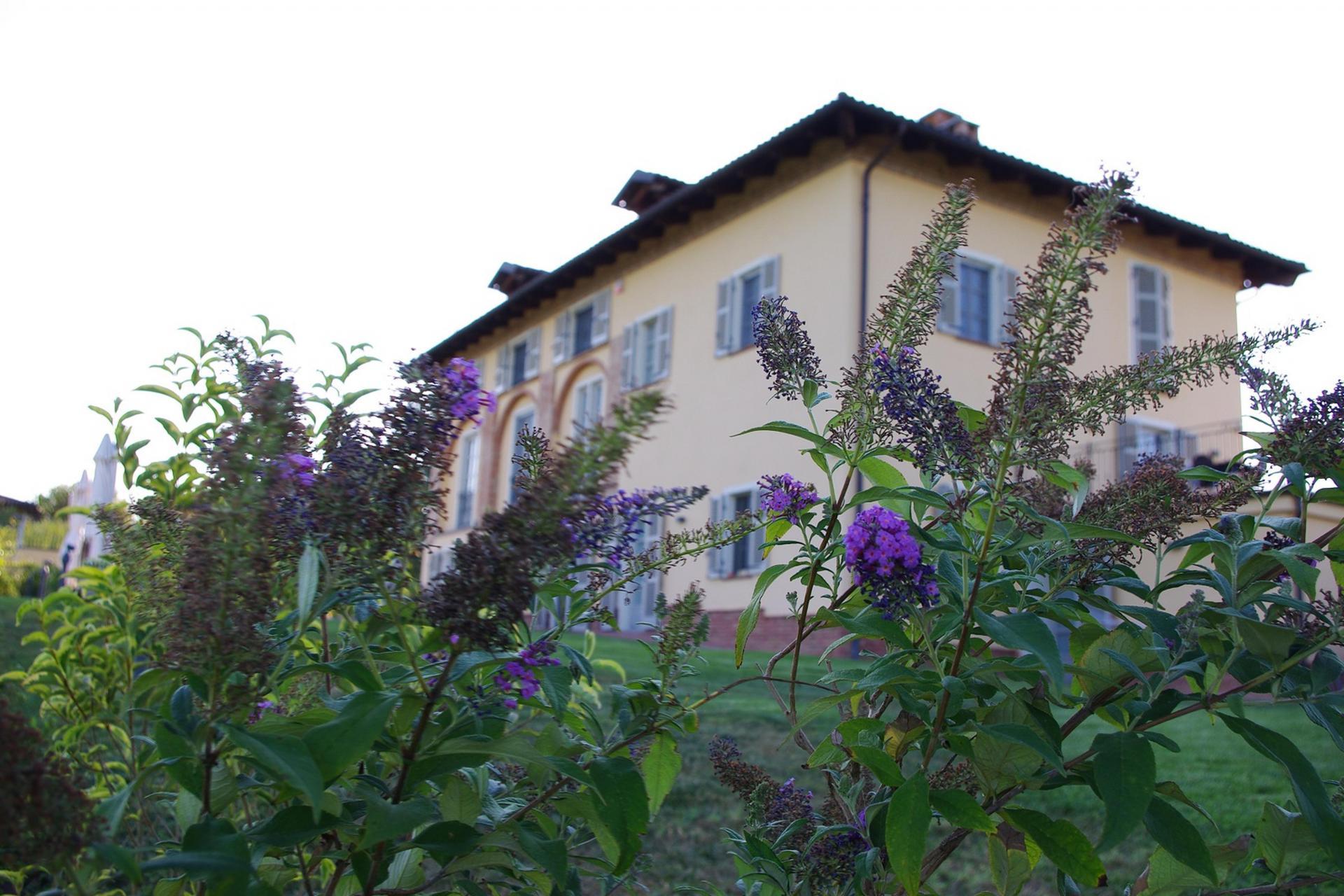 Agriturismo Piemont Agriturismo Piemont, romantisch in den Hügeln gelegen