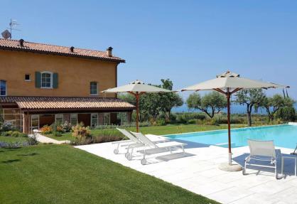 Gemütlicher Agriturismo mit Blick auf den Gardasee